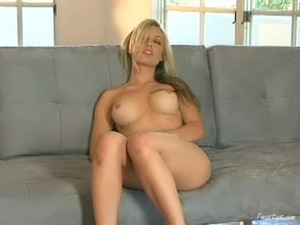 Hot Kayden Kross strips