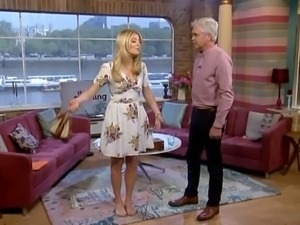 Spunk Over Holly Willoughby's Sexy Feet