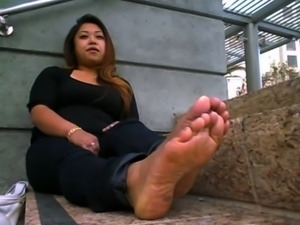 WIDE DARK ASIAN STINK SOLES.AVI free