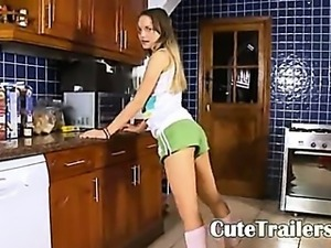 hungry cooking with ivana in the kitchen