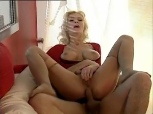 Vivian Schmitt - Feuchte Traume