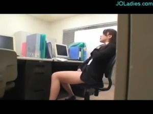 Office Lady Caught On Masturbat ... free