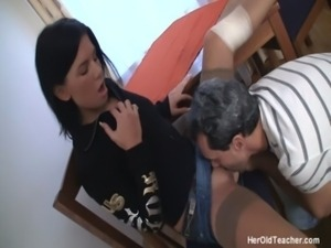 Hot young brunette only wants o ... free