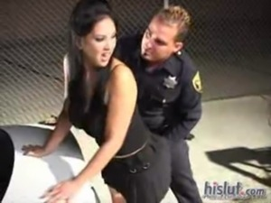 Reina leone Forced and molested ... free