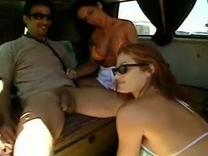 azlea bang bus