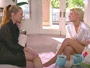 Keri Windsor & Blonde