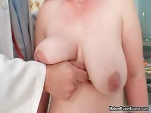 Mature housewife taking her clothes part1