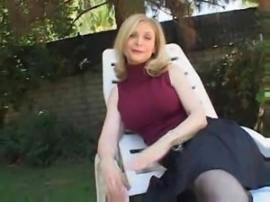 Nina Hartley Sucks And Fucks