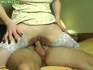 Brunette amateur gets fucked on bed homemade