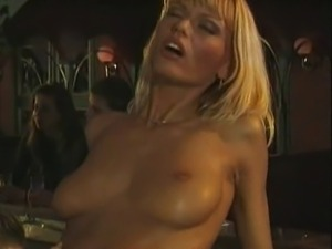 Anita Blond #011