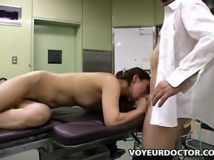 Doctor uses a young business lady.