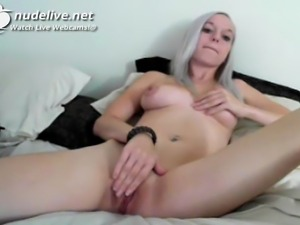 Hot Blonde Babe Plays With Her Pussy In The Bed