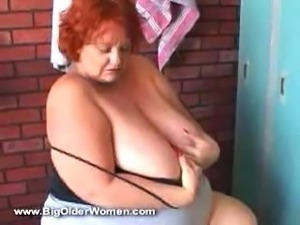 Extremely obese woman with very wet pussy