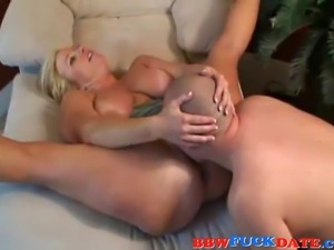 Slutty fat housewife wearing black high heels gets fucked hard