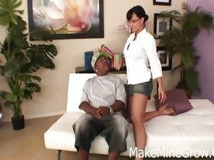 Lisa Ann takes the BBC challenge