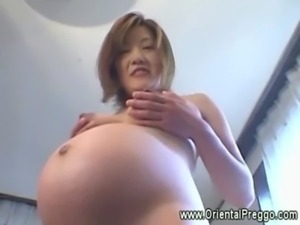 Asian babe is getting extremely ... free