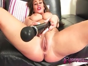Amanda getting fucked hard by Michelle Thorne