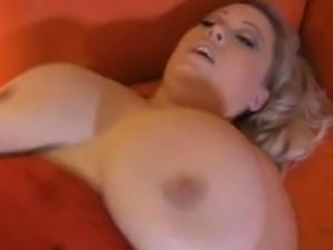 Bunny De La Cruz Scale Busting Babes
