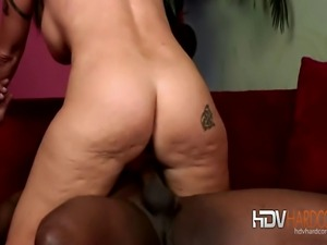 Naughty mature brunette MILF Brittany Blaze gets her pussy wet with sex toy...