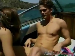 Leanna Heart - Ski boat