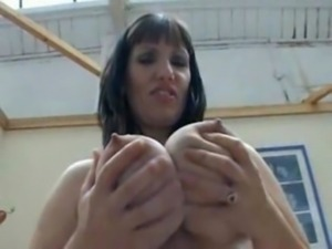 Busty Mature in Fully Fashioned ... free