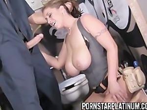 Eva Notty Fucked On A Toilet