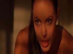 Angelina Jolie - Tomb Raider free