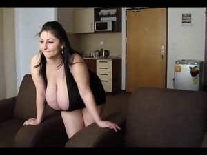 Romanian Huge Boobs BBW