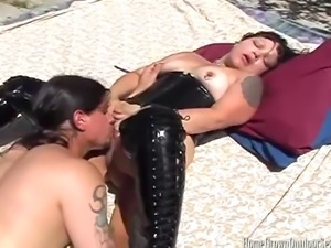 Kinky Thick Amateur Girl Dresses up in her sexy leather Thigh High Boots and...