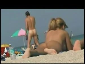 TROC Loves Spying Asses On Beach - xHamster.com free