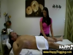 Asian masseuse offers extra services free