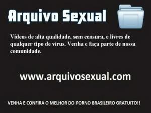 Vadia da buceta molhada trepando muito 1 - www.arquivosexual.com free