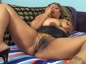 Fat Ebony with big ass make sport sex