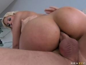 bridgette getting a big cock in her hot booty