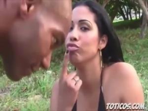 Toticos.com dominican porn - beach blowjob in Sosua dominican republic free