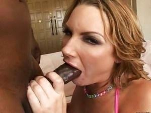 Flower Tucci blow me