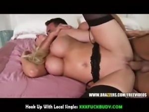 Incredibly hot blond MILF loves to deepthroat free
