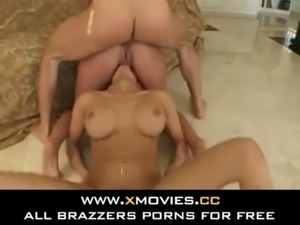 2 GIRLS HAVING FUN WHILE SQUIRTING AND FUCKING THEIR HOLES free