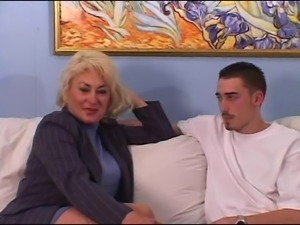 Mature Tit Dana Loves His Young Cock And Cum