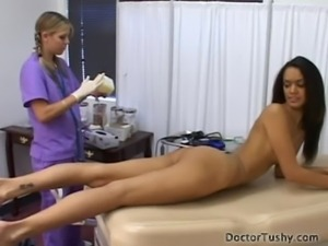 TYRA BANXX GETS A PHYICAL EXAM free