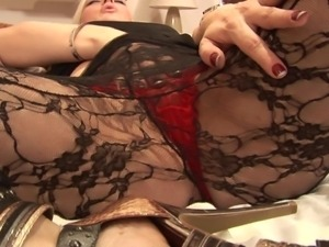 mature whore with a huge lust for sex taunting