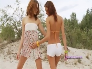 Sexy lesbian teens toying free