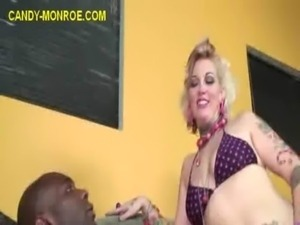 Cuckold Watches Interracial Oral free