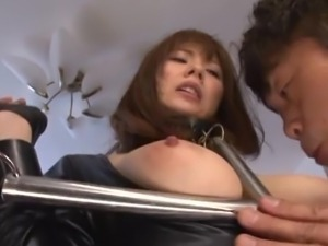 bondage device keeps her stady