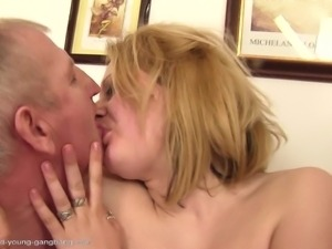blonde giving blowjob and getting fucked by mature mens