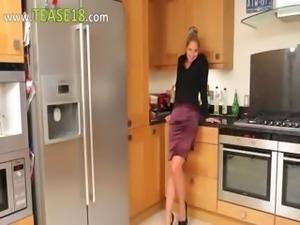 Blonde babe in kitchen masturbate hard