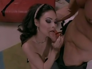 Tera patrick gives an awesome blowjob