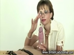 Femdom fetish mature babe Lady Sonia free