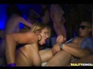 In The VIP: Wall of Vagina only Anita Toro