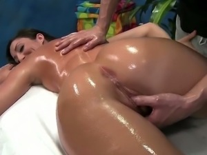 Angelica saige's pussylips tickle and massage
